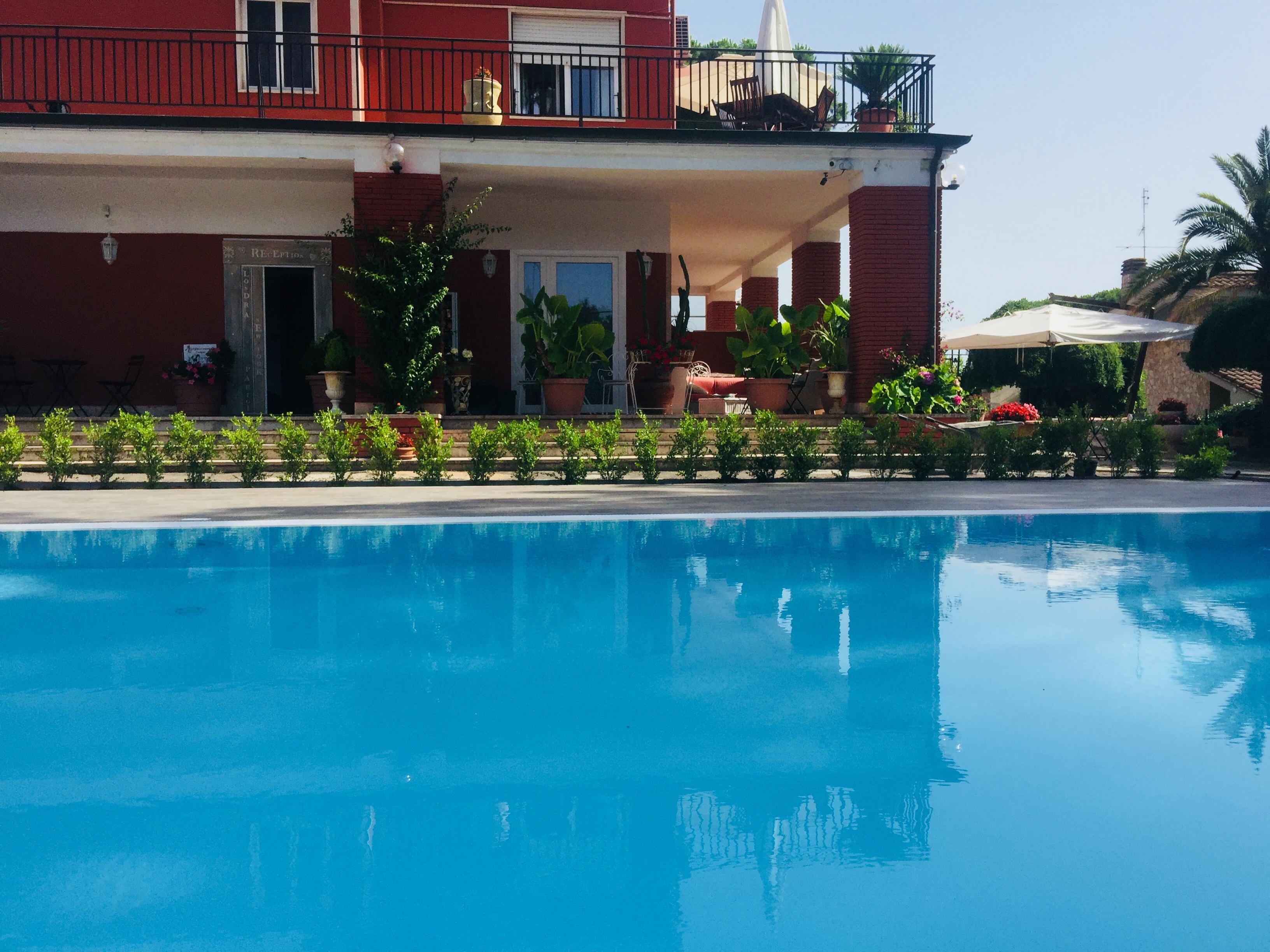 Piscina relais villa italia - Villa italia piscina ...